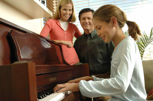 Piano Lessons (Click here)